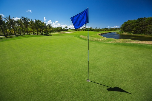 Appraisal Institute Provides Valuation Methods for Golf Courses in New Book