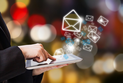 Efficiently Send Personalized Mass-Emails via eTrac's Global Communicator